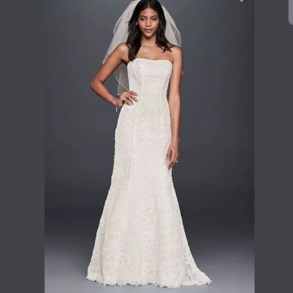 c3f53de5f7e Strapless Beaded Lace Mermaid Wedding Dress - SZ 4. NWT. David s Bridal